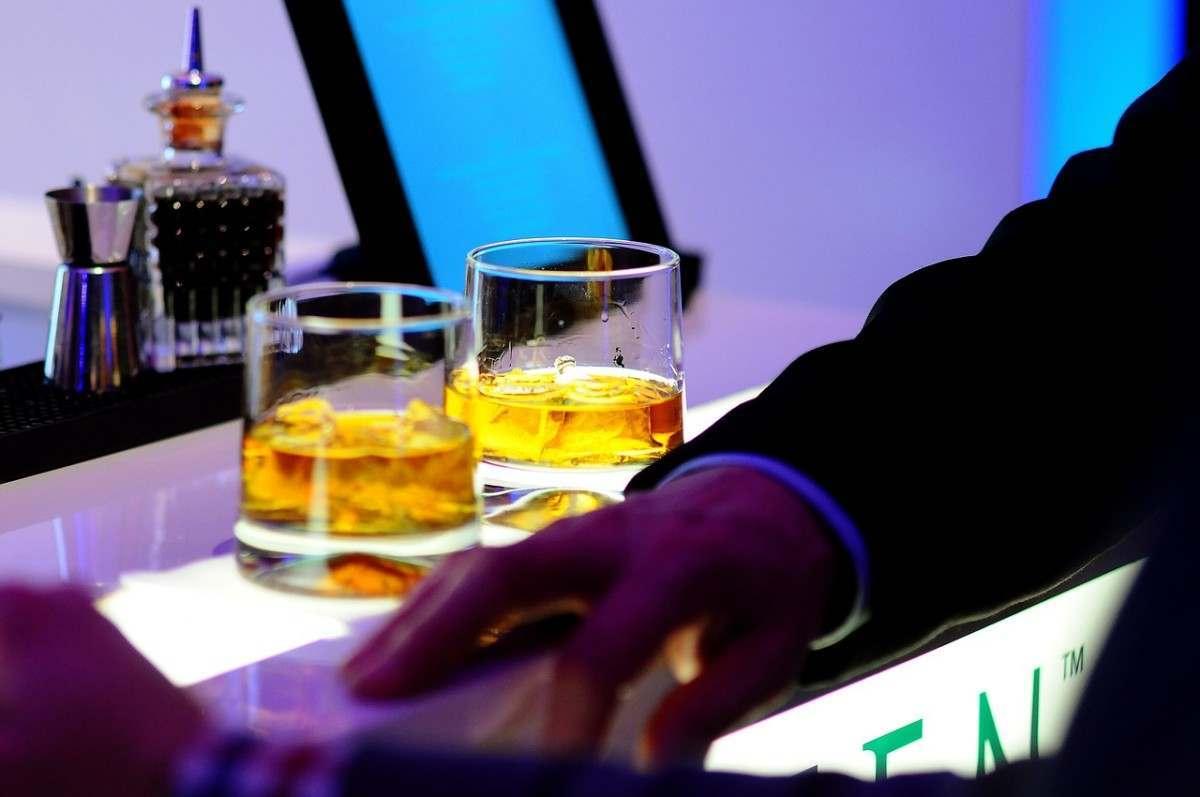 бары петербурга