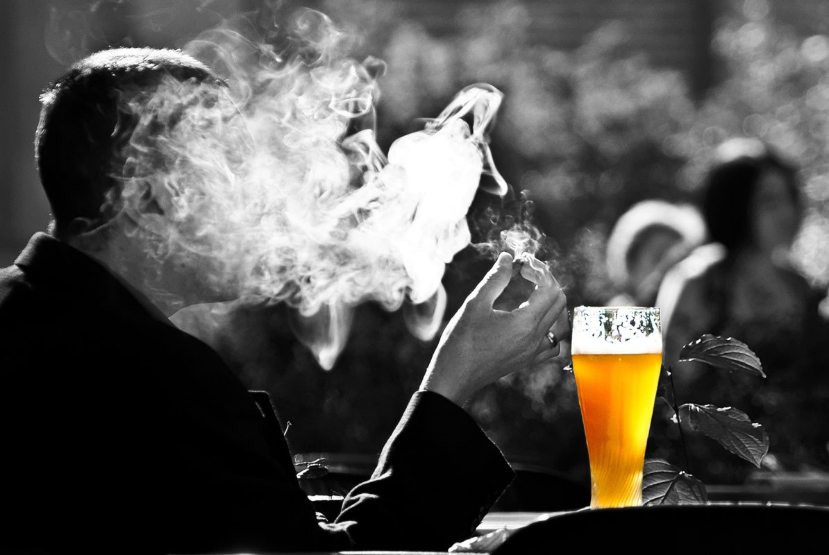 курение в барах и ресторанах